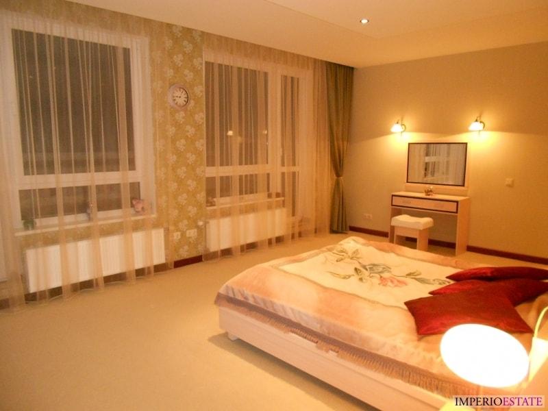 Real estate riga ciemupes 1 apartment immigration for Design apartment riga